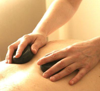 cristallomassage-massage avec pierres semi précieuses